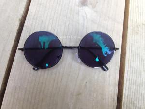 Dark Round Sunglasses GlassesShop | maegal.com