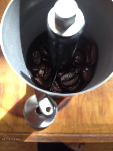 Brillante Coffee Grinder With Coffee Beans